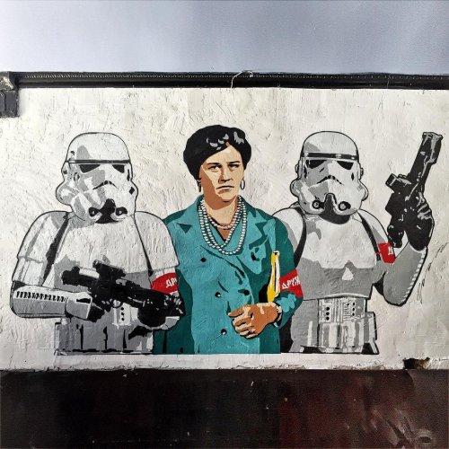 Новый стрит-арт от московско…