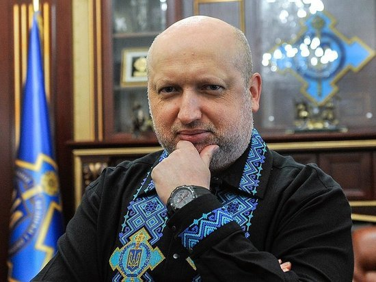 Турчинов назвал дату начала большой войны Украины с Россией