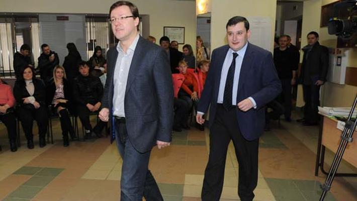 Чемезов добился замены Меркушкина на Азарова (Хинштейн аплодирует стоя)