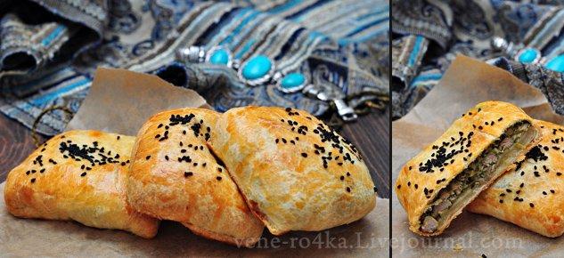 Самса с начинкой из куриного мяса, шпината и феты/ Sambousek Mwarraq