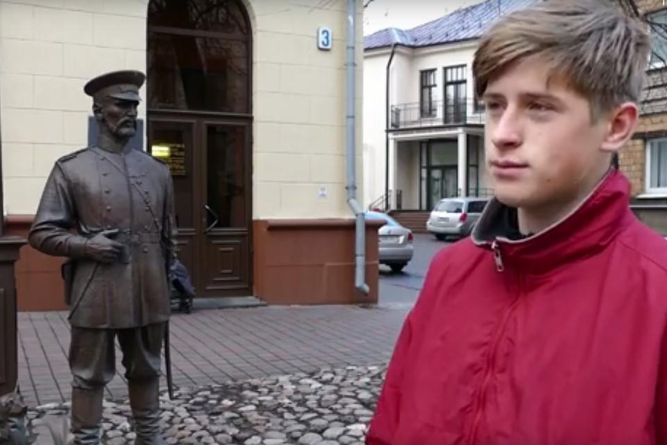 Белорусские милиционеры заст…