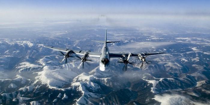 Пентагон отметил профессионализм российских летчиков во время полетов у Аляски