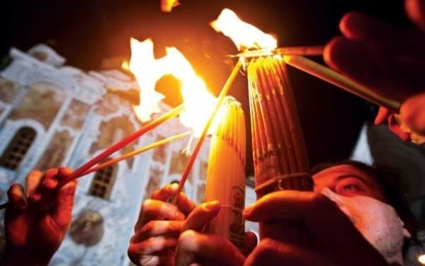 Иерусалим: схождение Благодатного огня— чудо «вквадрате»
