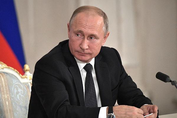 Путин: От изменения пенсионной системы не будет никакого дохода