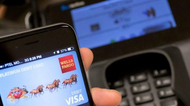 Надёжны ли бесконтактные платежи с помощью телефона