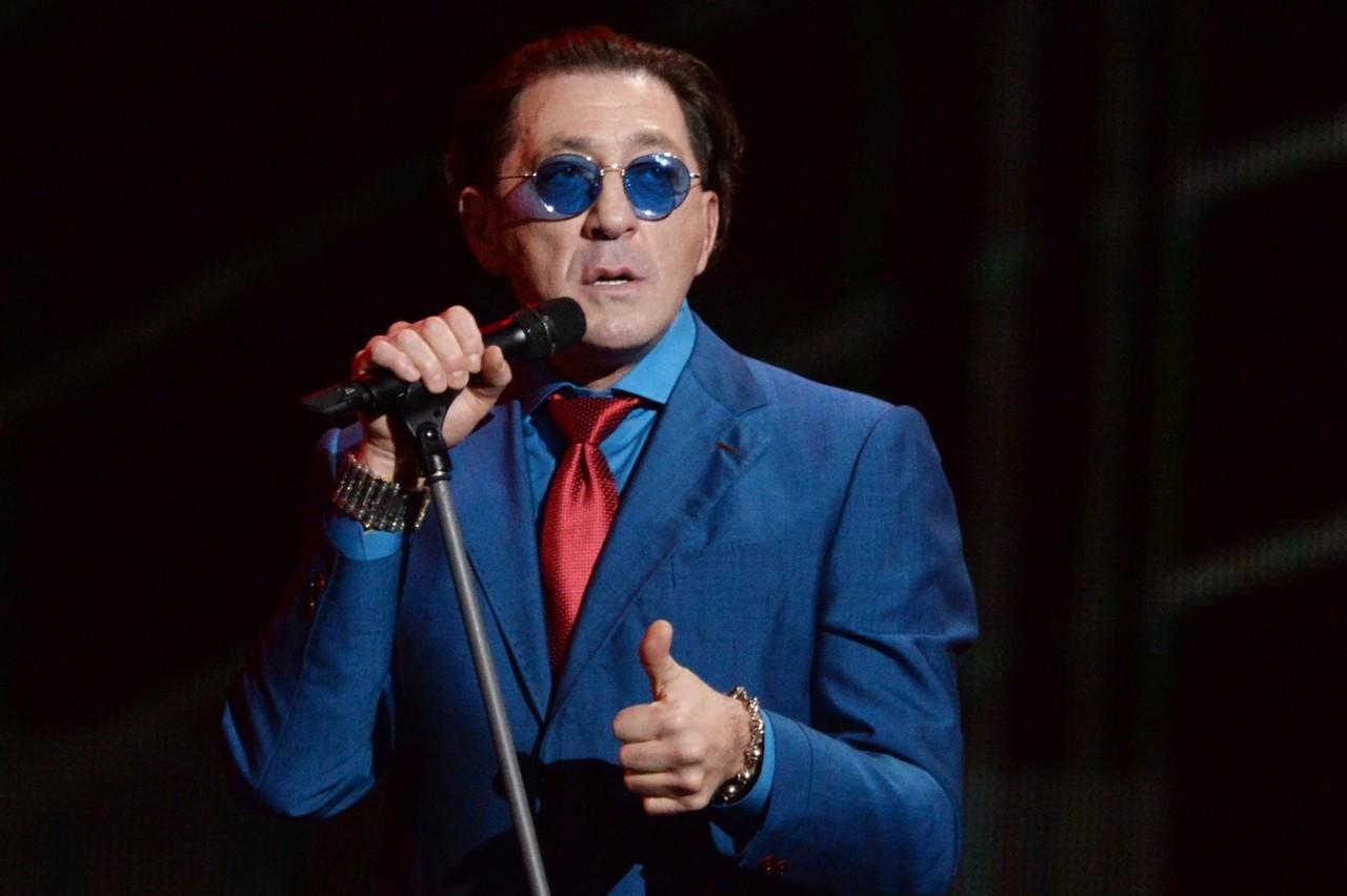 Григорий Лепс пошутил о сломанных рёбрах на концерте в Кремле