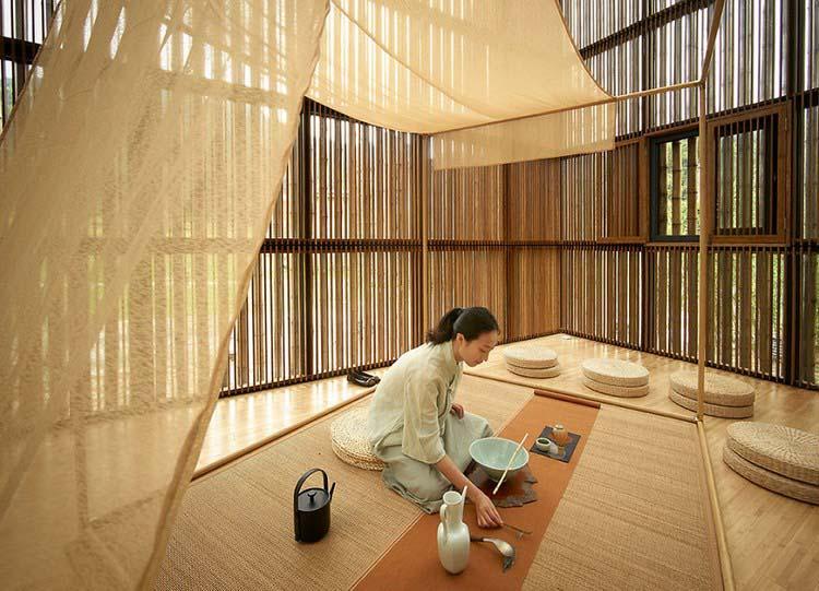 В Китае построили город из бамбука