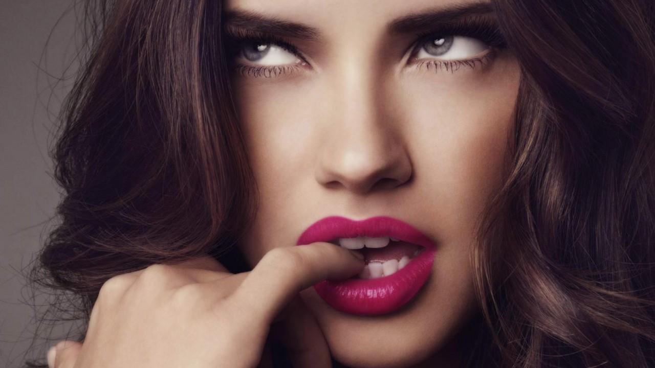 4 оттенка губной помады, которые будут модными этим летом
