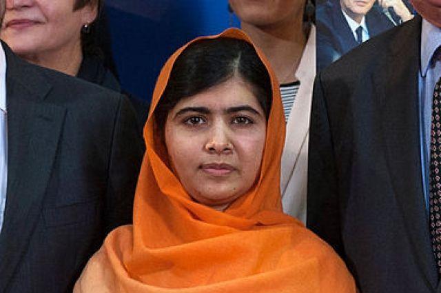 Нобелевский лауреат Малала Юсуфзай поступила в Оксфорд
