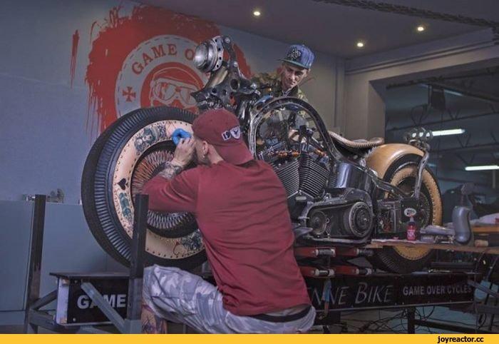 Уникальный мотоцикл Recidivist от мастерской Game Over Cycles