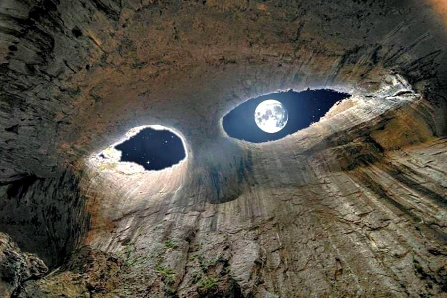 Удивительное фото в пещере. Болгария