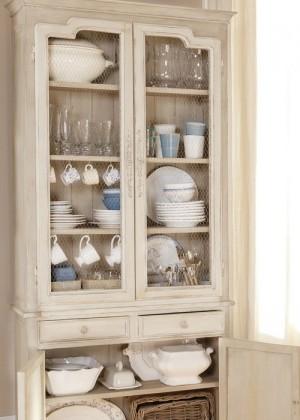 12-secrets-of-vintage-cupboard11-1