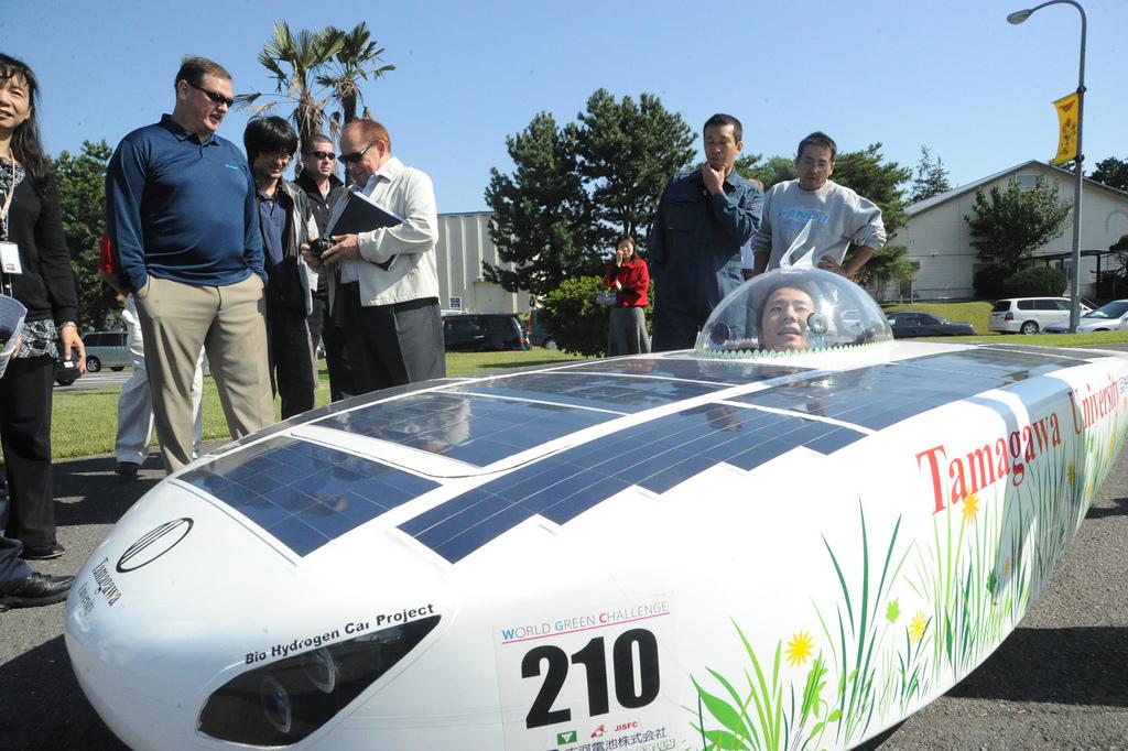 260 Автомобили на солнечной тяге