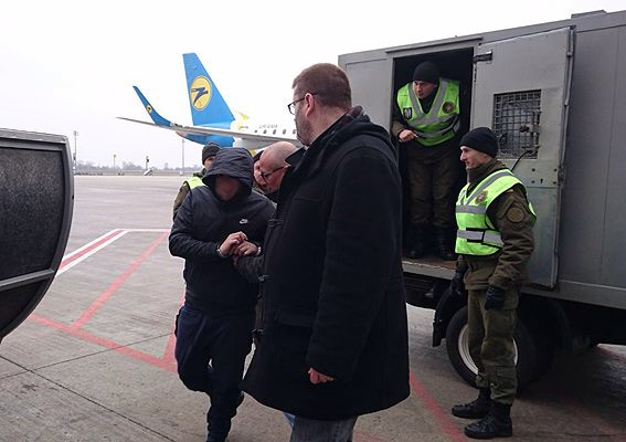 Украина передала Интерполу задержанного в Киеве «короля французских мошенников»