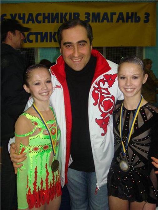 Раскрыта личность гимнасток по вызову: большие московские гастроли сестер звезда