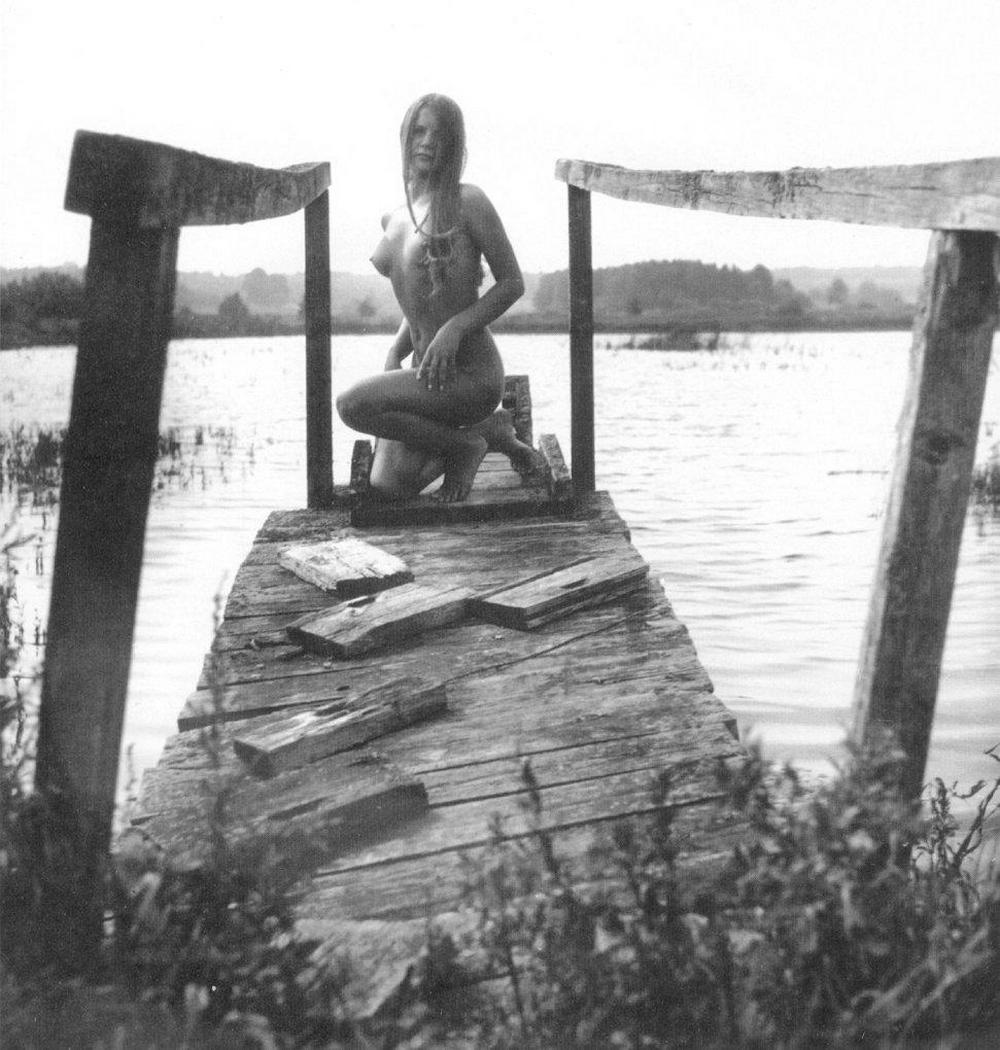 «Цветы среди цветов» Римантаса Дихавичюса – первые фотографии ню в СССР 22