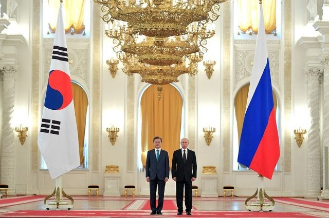 Путин подтвердил, что президент Южной Кореи приглашен на ВЭФ