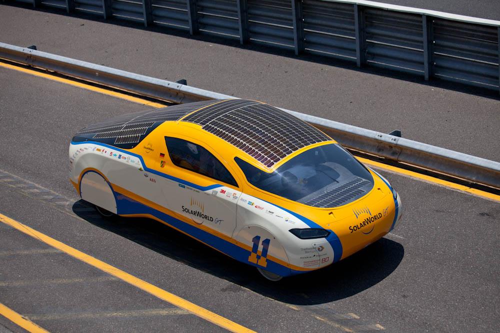 1100 Автомобили на солнечной тяге