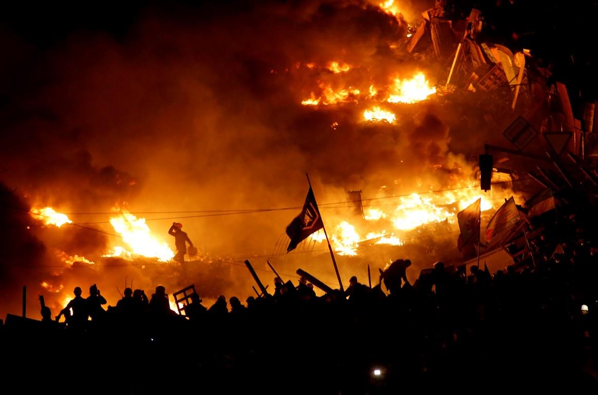 Политолог спрогнозировал, когда может случиться военный переворот в Украине