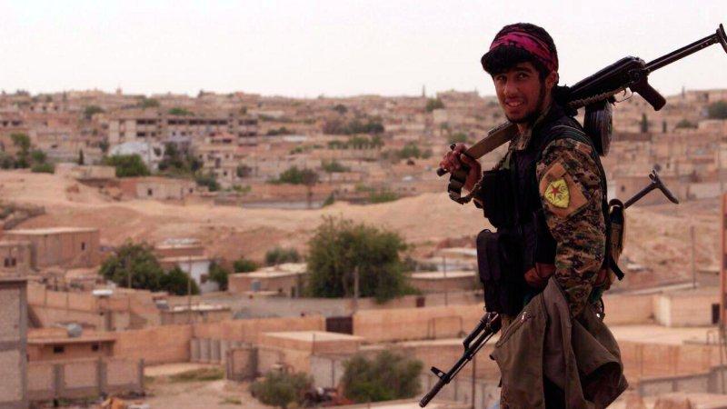 Курды отбили у ИГИЛ дамбу в …