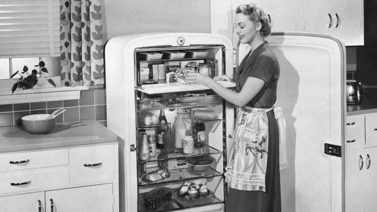 Как научились сохранять продукты? Ко дню рождения холодильника
