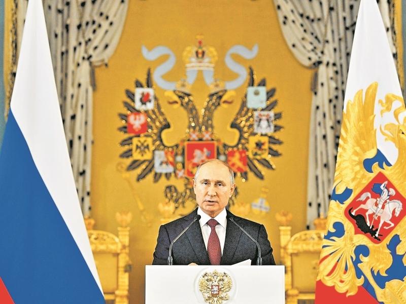 Собеседник: «Кто управляет страной вместо Путина».