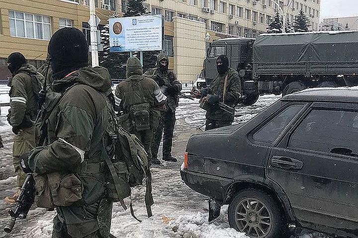 В ЛНР готовы провести мобилизацию в случае наступления силовиков