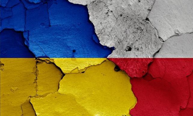 «Запад определяет судьбу и территорию Украины»: Польша ждет Львов, как поступит Киев?
