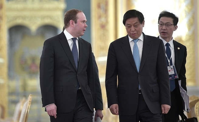 Зачем Антон Вайно появился в Китае.