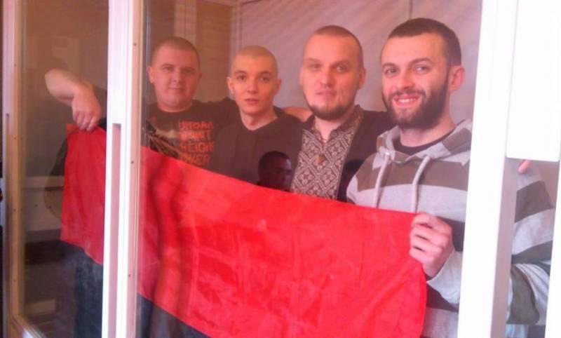 В Закарпатье суд отпустил на свободу четырех «правосеков»