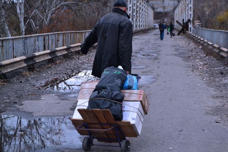 Киев сократит соцвыплаты жителям Донбасса, посещающим ДНР и ЛНР