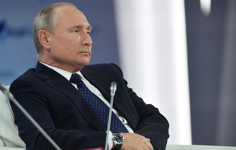 «Нам нужна дружественная Украина»: Путин заявил, что Россия готова выстраивать отношения с новой властью в Киеве