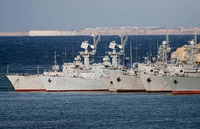 Украина отклонила предложение России о возвращении техники из Крыма