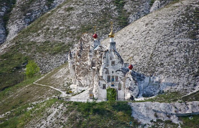 Пещерная Спасская церковь