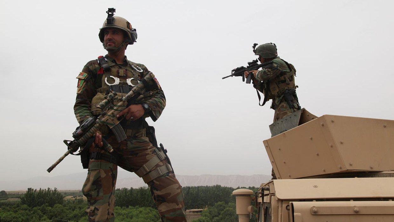 В Афганистане террористы нап…
