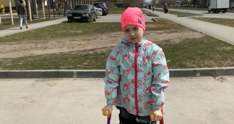 Благотворительный флешмоб сделал звездой 10-летнюю девочку, больную раком