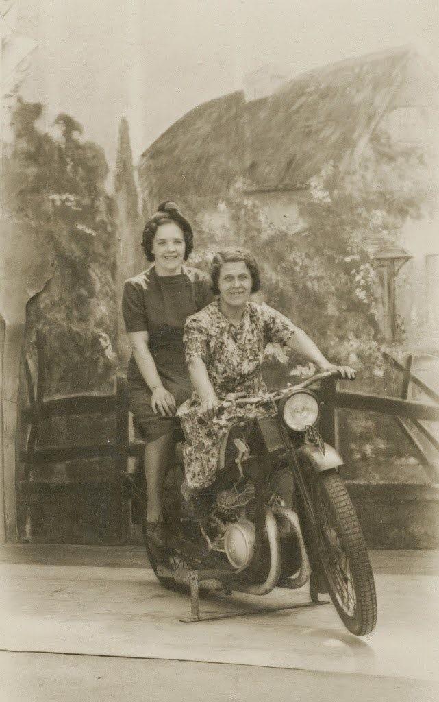 14. Девушки на мотоцикле, 1940-1950 женщины из прошлого, история, фото