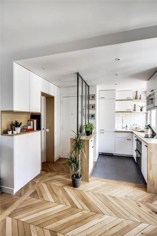 Пример зонирования кухни-прихожей в квартире-студии