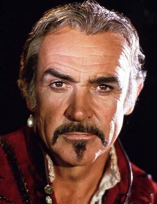 Шотландский актер является самым старым мужчиной и первым британцем, которого назвали самым сексуальным мужчиной в мире.