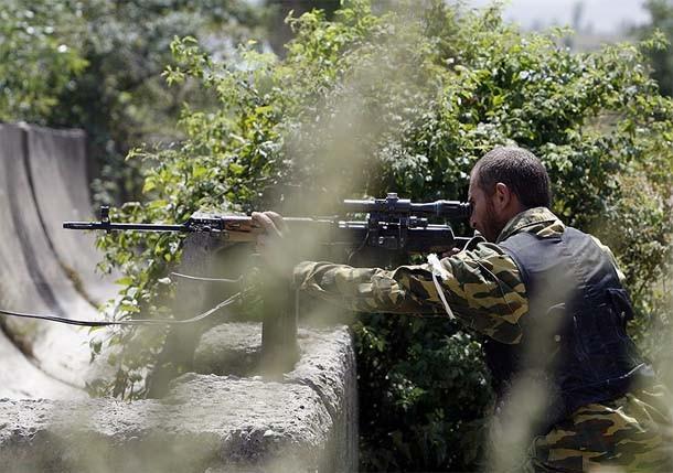 Партизаны не дали выйти из Мариуполя воинской колонне, которая направлялась в Новоазовск на помощь пограничникам