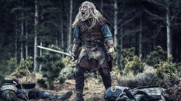 Почему викинги наделяли мечи…