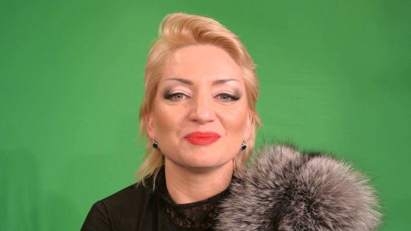 Пользователи сети раскритиковали песню «За Путина» тюменской певицы и шлют ей угрозы