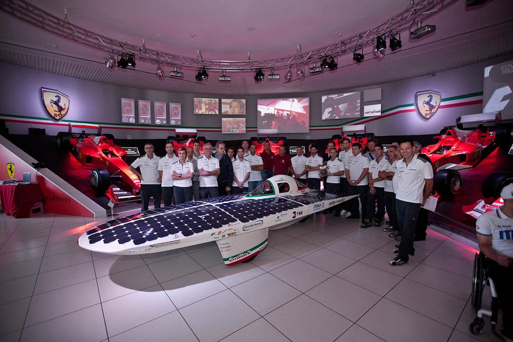 348 Автомобили на солнечной тяге