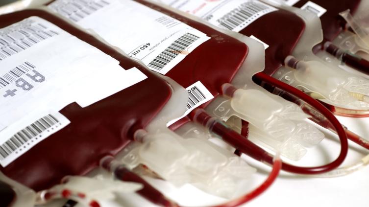 Какова история переливания крови?