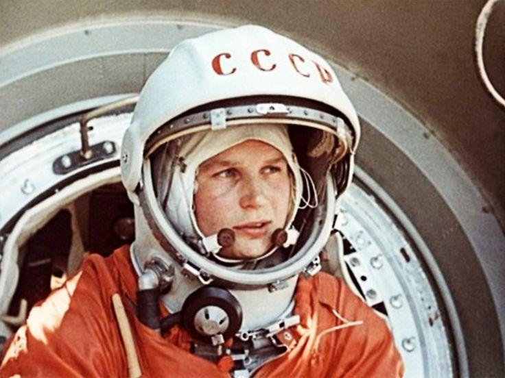 55 лет первому полету женщин…