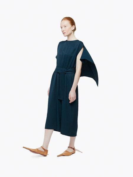 Скромная мода