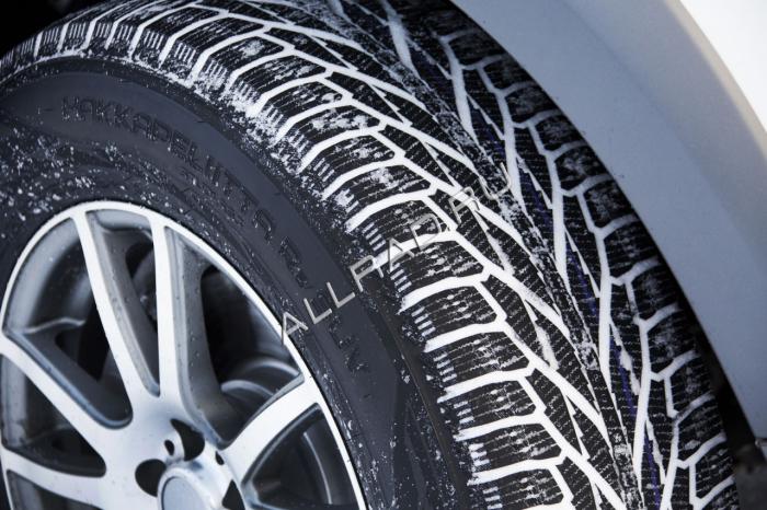 Зимние шины уже предназначены для езды при температурах ниже -5 °С.
