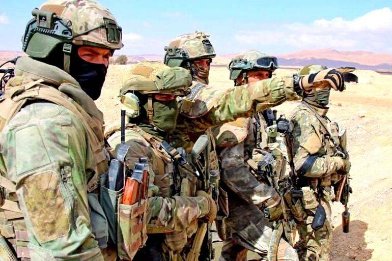 Сирийский спецназ под командованием военных советников РФ окружает ИГИЛ