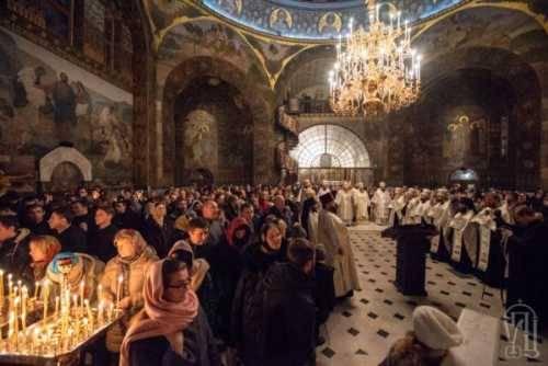 В очередной схватке за Православие народ выберет Церковь и Веру