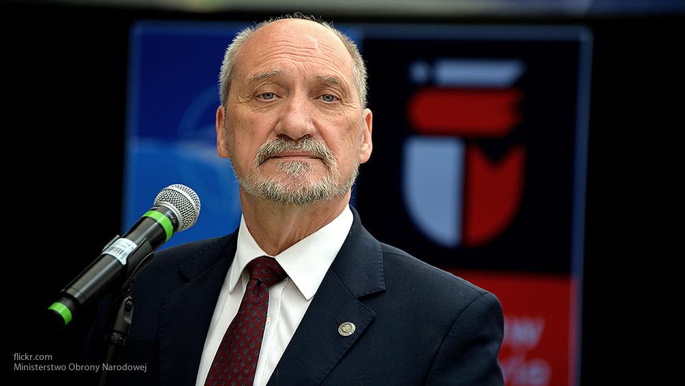Польский министр обороны связал провокации КНДР с «агрессией» Москвы